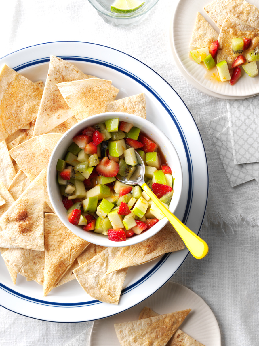 Apple Salsa with Cinnamon Chips photo by Chris Kessler Photography.  Chris Kessler is a freelance Photographer based in Milwaukee Wisconsin. Specializing in Food photography and portraiture.