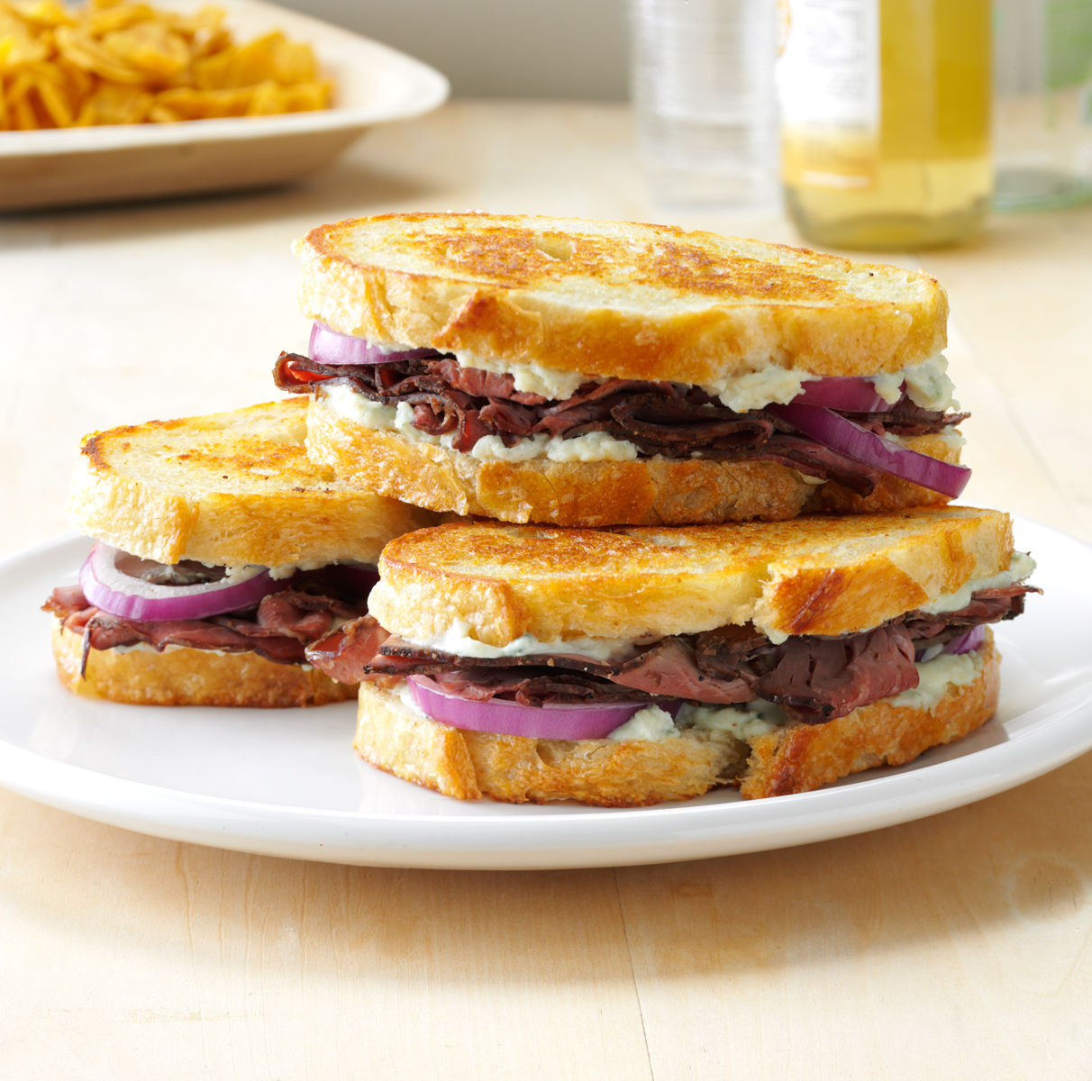 Roast Beef and Blue Cheese Sandwich with red onion photo by Chris Kessler Photography.  Chris Kessler is a freelance Photographer based in Milwaukee Wisconsin. Specializing in Food photography and portraiture.